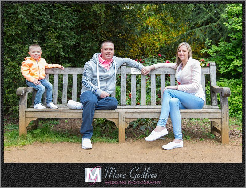 Hylands-House-Pre-Wedding-Session-with-Natalie-Ben-9
