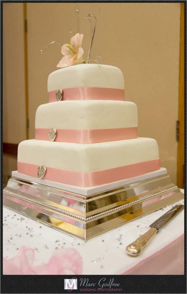 Wedding-Cake-at-Brandshatch-Thistle-Hotel-1
