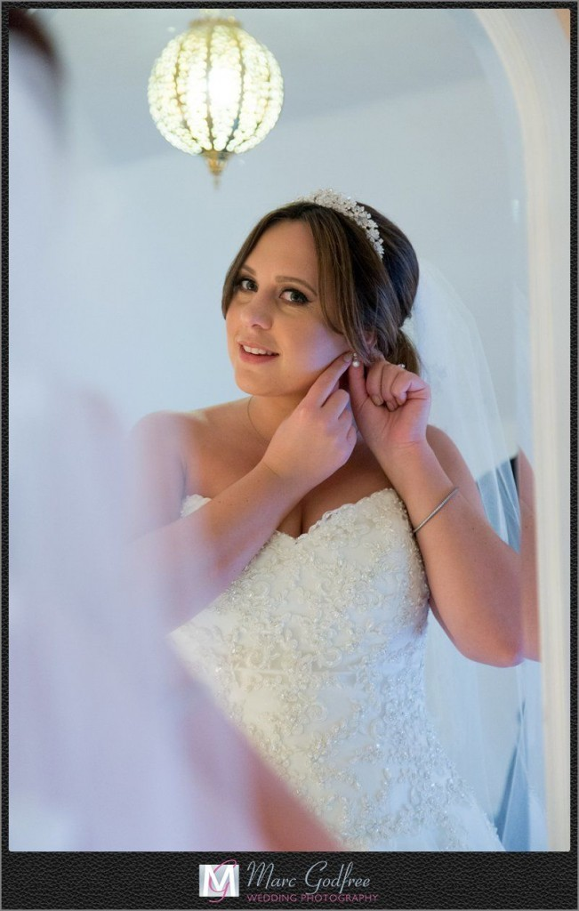 Bridal-Preparation-for-a-Gaynes-Park-Wedding-2