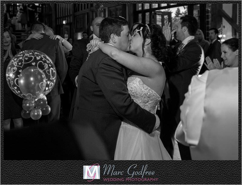 Bride-Grooms-First-Dance-at-Essendon-Golf-Club