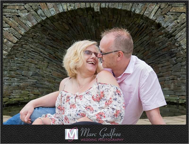 Mandy-Nick-Hylands-House-Garden-pre-wedding-session-1