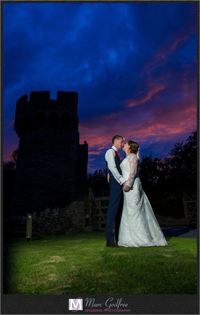 Church-and-Cooling-Castle-Wedding-32