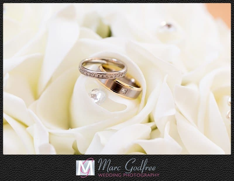 Unmissable-wedding-day-photos-The-rings