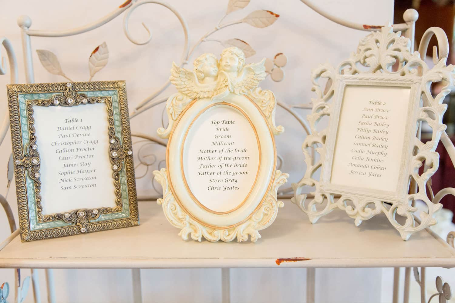 Easiest way to seat your wedding guests-Featured