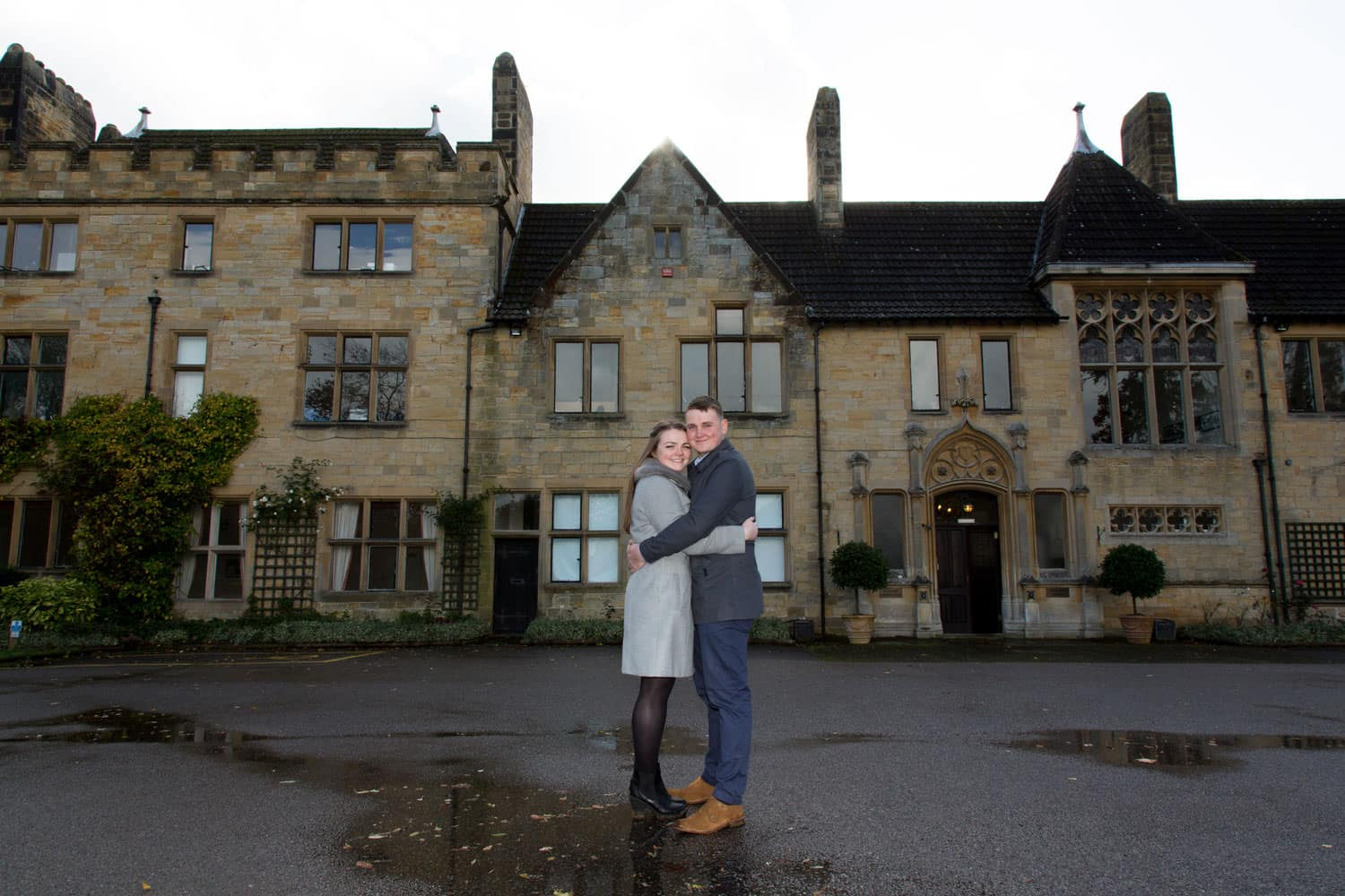 Top tips for pulling off an amazing engagement shoot in bad weather-Featured